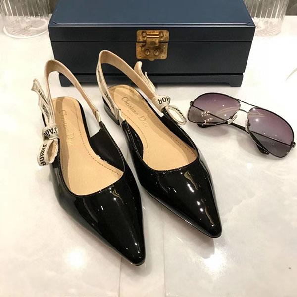 Dior Shoes 2020 yeni bayan sandaletleri tasarımcı Gladyatör kadın siyah çıplak Bej İtalyan seksi aşırı düz sandaletler 35-41 km05
