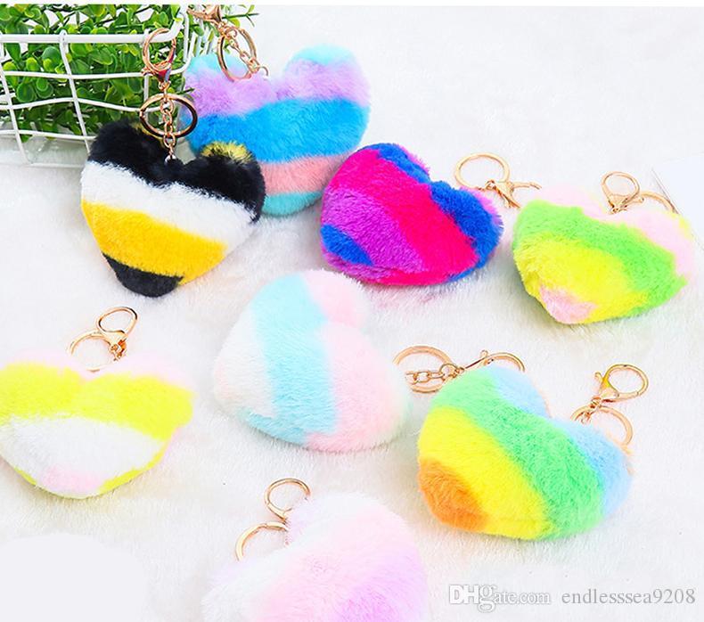 Sostenedor de la llave del bolso en forma de corazón de imitación de lana multicolor costura Amor colgante llavero felpa corazón del arco iris Llaveros de coches