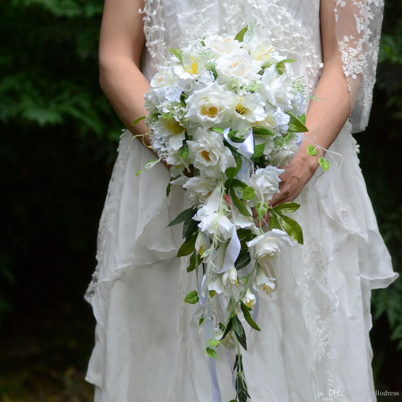 Acheter 2019 Cascade Rouge Fleurs De Mariage Jaune Clair Blanc Bouquets De Mariee Feuilles Artificielles Rose Bouquets De Mariage Bouquet De Mariage