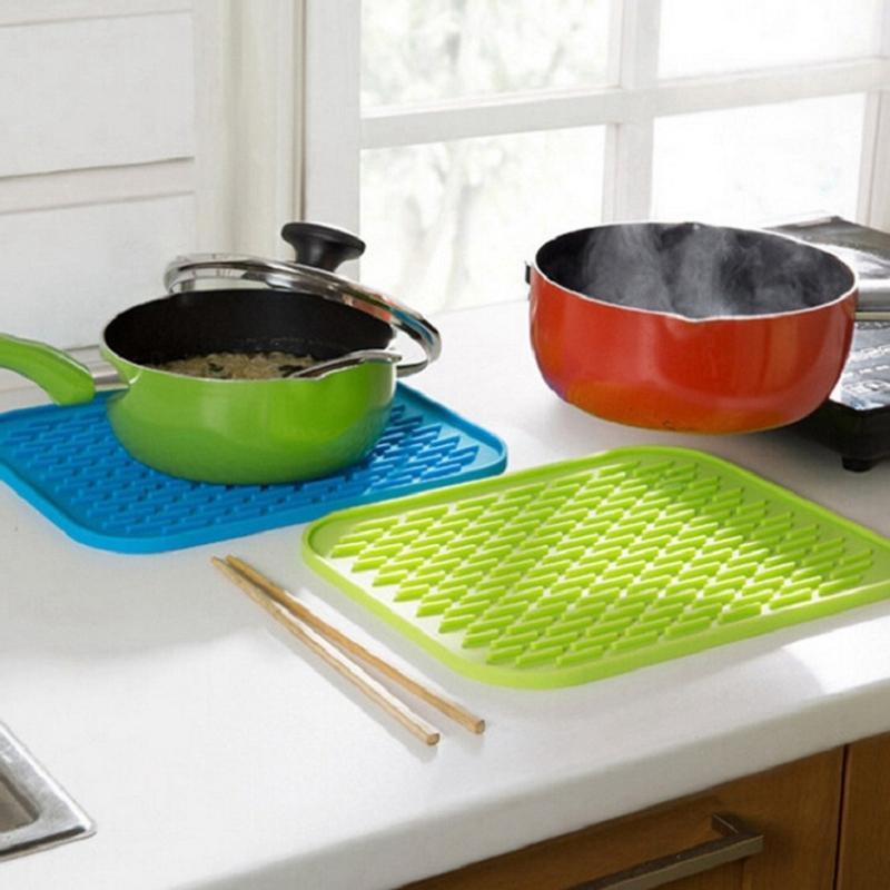 Silikon Masa Mat Kaymaz İzolasyon Tampon Can Açıcı Mutfak Bulaşık Kurutma Mat Pot Coaster Bowl Pad Isıya Dayanıklı Placemat 3pc Minderleri Pedleri