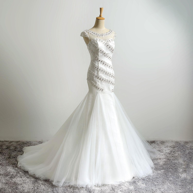Encantador cucharada blanca de la sirena de los vestidos de boda apliques de encaje Cristales rebordean los vestidos de boda simple ata para arriba detrás voiles de mariage