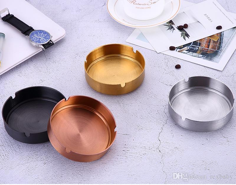قطر 10 سنتيمتر منفضة الفولاذ المقاوم للصدأ منفضة سجائر pvd مطلي الذهب النحاس شريط شريط الرماد الأسود منفضة سجائر عناصر الجدة