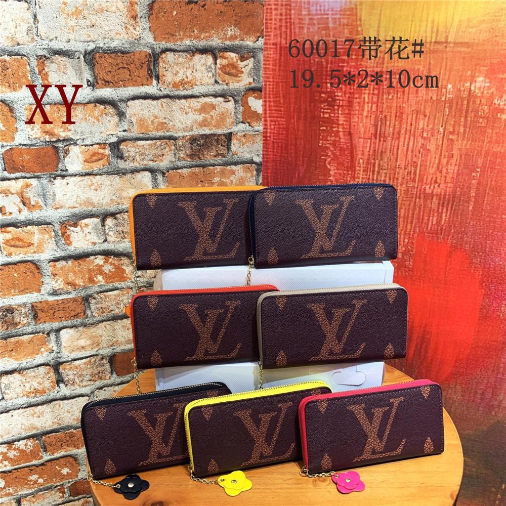 19SS Marca carpetas de la manera Pequeño Monedero corta femenina retro Fold cartera cambiar color puro de la venta caliente mini bolsos de las mujeres del precio de fábrica B104642Y