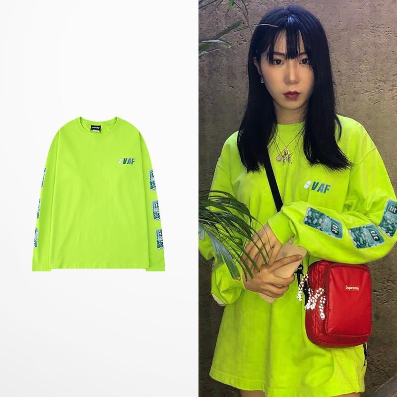 T-shirt homme Corée Lettre orange vintage Harajuku oversize à manches longues Hip Hop Streetwear Homme Planche à roulettes T-shirt