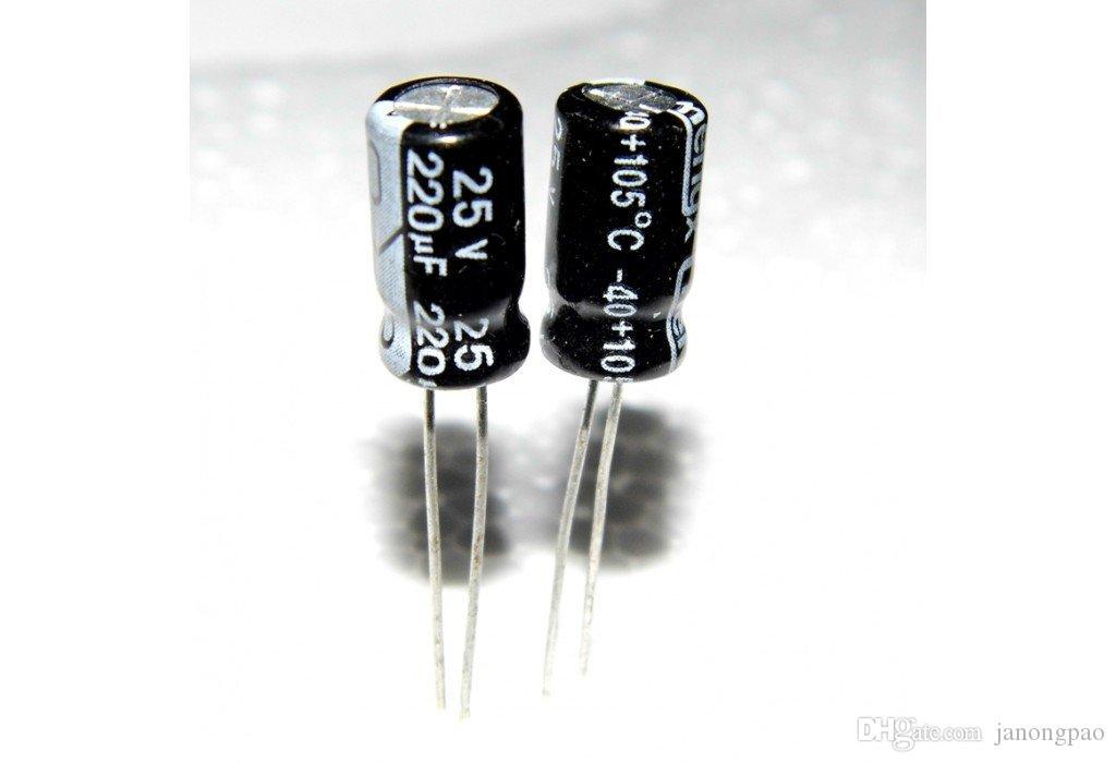 80pcs 25V220uF, 220uF25V, 220uF / 25V, 25V / 220uF condensador electrolítico, condensadores electrolíticos, 20mmx13mm, 105 grados centígrados