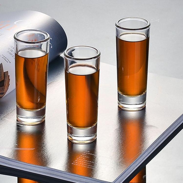 Großhandel kundenspezifische Logo 2 Unzen Zylinder Wodka / Tequila Kleiner Long Shot Glass Cup
