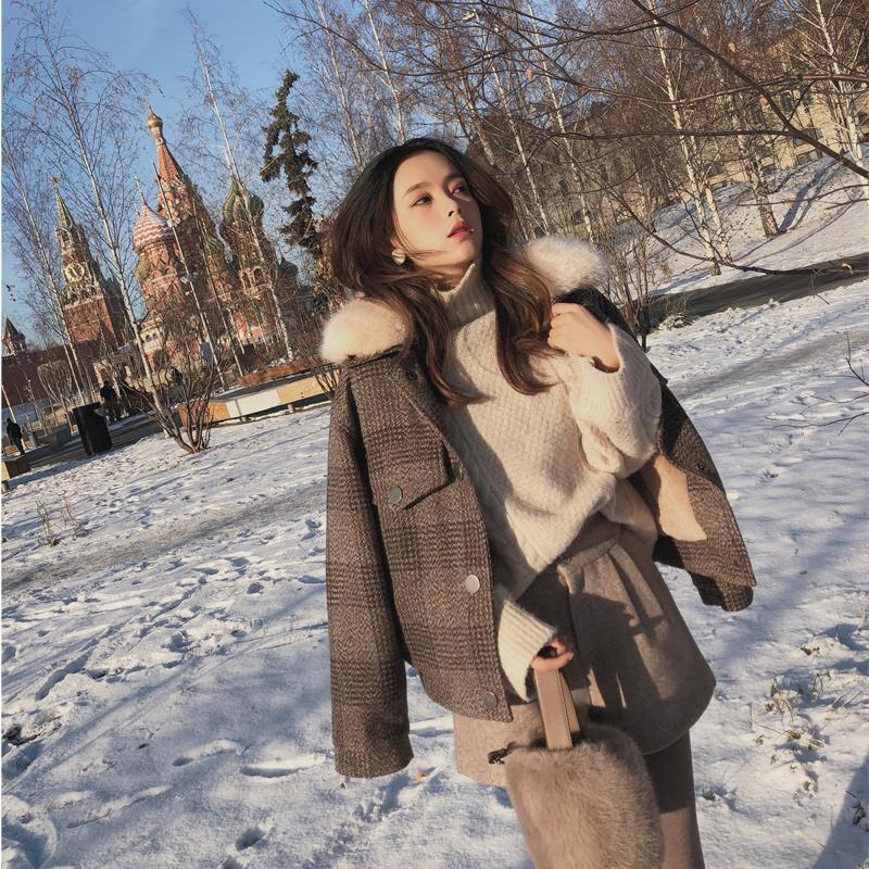 Les femmes Nouveau vêtements d'hiver épaississent veste en laine version féminine coréenne de court lâche manteau de laine à carreaux MX18D9536