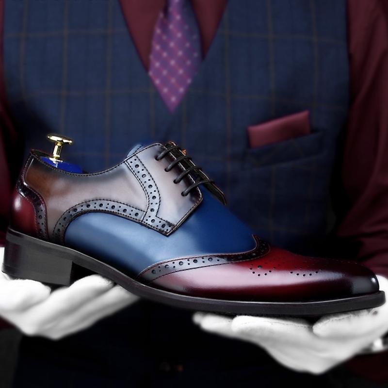Sommer-echtes Leder-Männer Handgemachte Hochzeit Oxfords Spitzschuh Heels Mann Breath formales Kleid Wingtip Brogues Schuhe HKN140