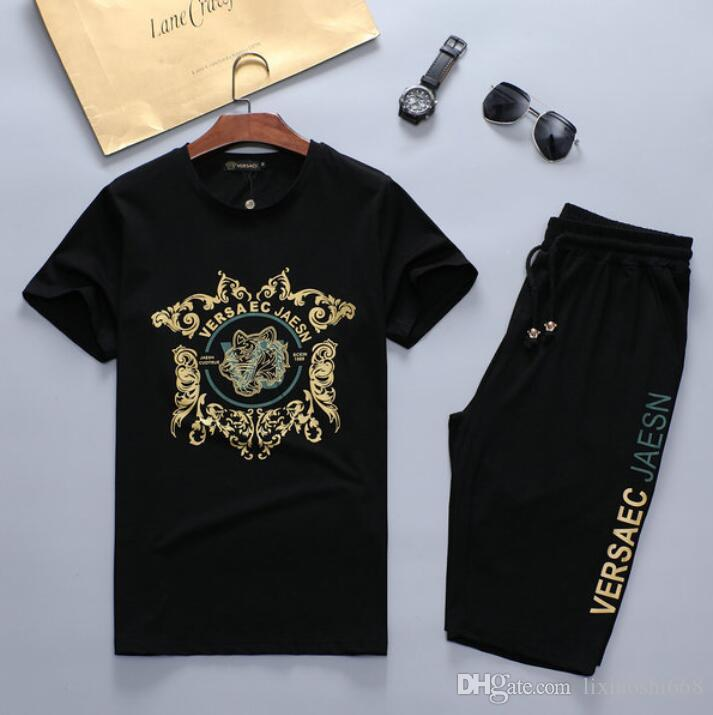 Mens Designer Fashion Tracksuit Letters Embroidery Luxury Summer Sportswear Short Sleeves Pullover Jogger Pants Suits O-Neck Sportsuit M-3XL