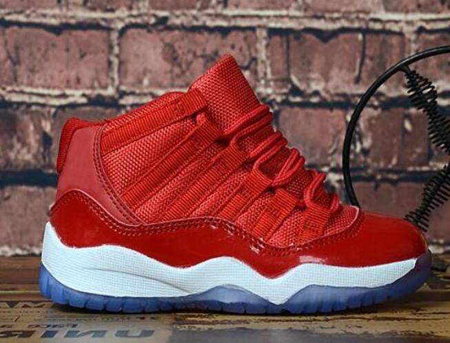 8d05ce9cbae3a ... Enfant en bas âge OG Ultra Enfants 11s Mid Chaussures de basket Pour  Garçon Fille Designer