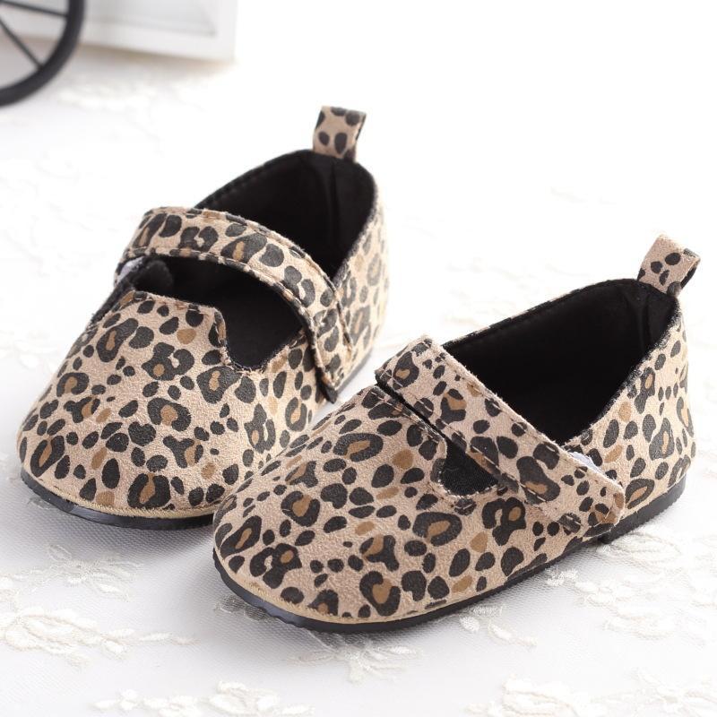 Новорожденный девочка обувь Первые ходоки Leopard Printed Princess Non-Slip мягкой подошвой младенцу малышей Обувь 0-18 месяцев J191005