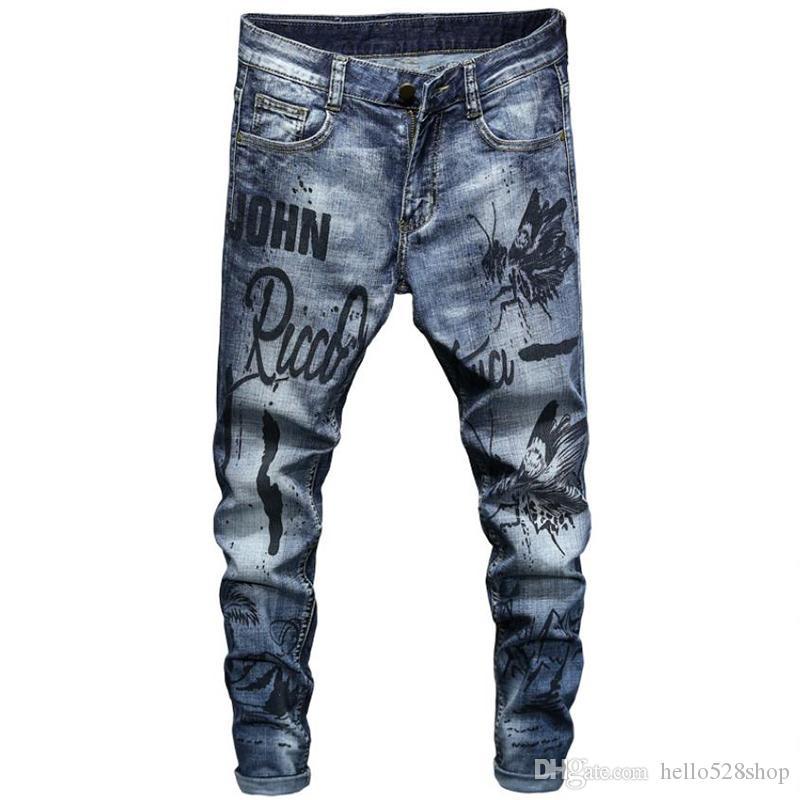 Moda Erkekler Baskılı Yamalar Düz Jeans Casual Moto Pantolon Denim Nakış Biker Motosiklet Hip Hop Pantolon Ripped