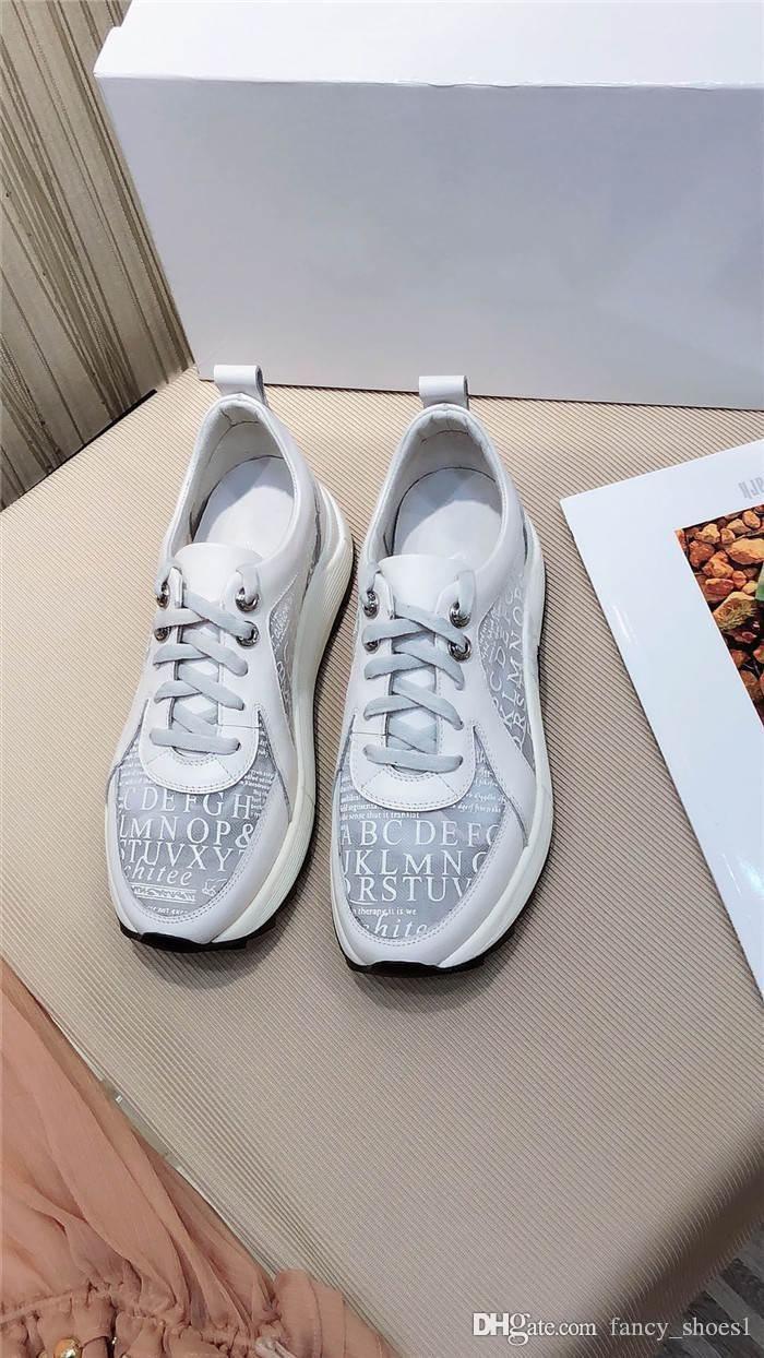 La nueva primavera piel de vaca de 2020 señoras transpirable importados gota de pegamento zapatilla de deporte red, suela gruesa realzar zapato ocasional