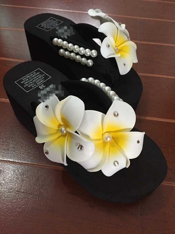 New Verão Pérola flor do ovo de costura Praia Shoes Cunhas Plataforma flip flops Durable frete grátis