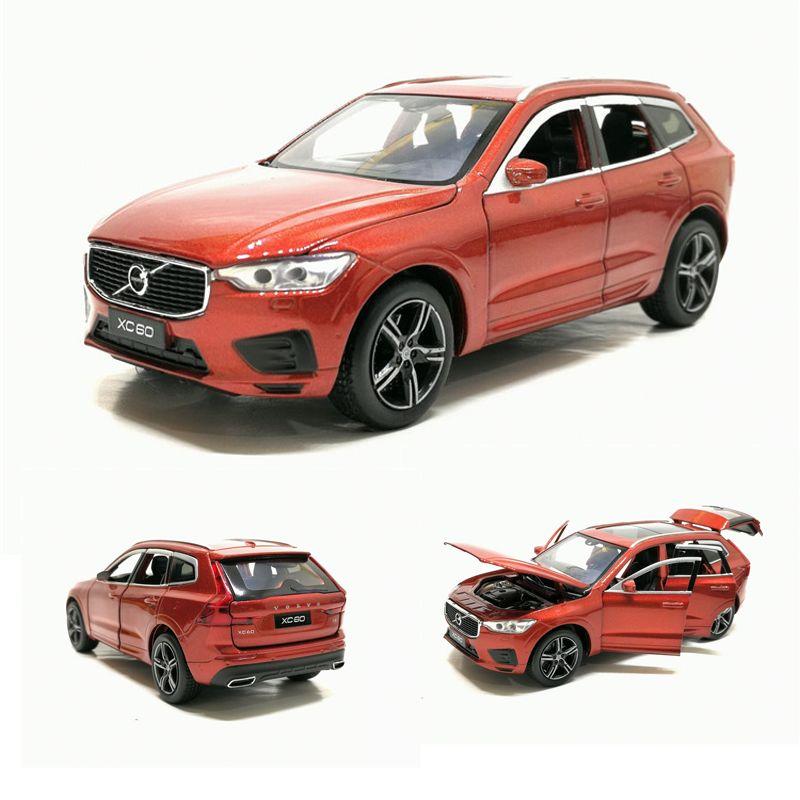 01:32 VOLVO XC60 SUV للطرق الوعرة سيارة معدنية سيارة لعبة مع الصوت ضوء التراجع سيارة لعب الأطفال هدايا شحن مجاني Y200109