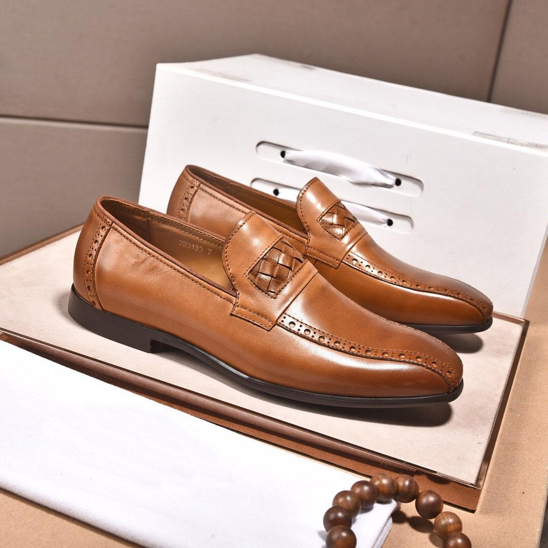 Moda Couro Business Flats respirável Masculino Marca Designer de homens Formal escritório Vestido de Trabalho Shoes Tamanho 38-44