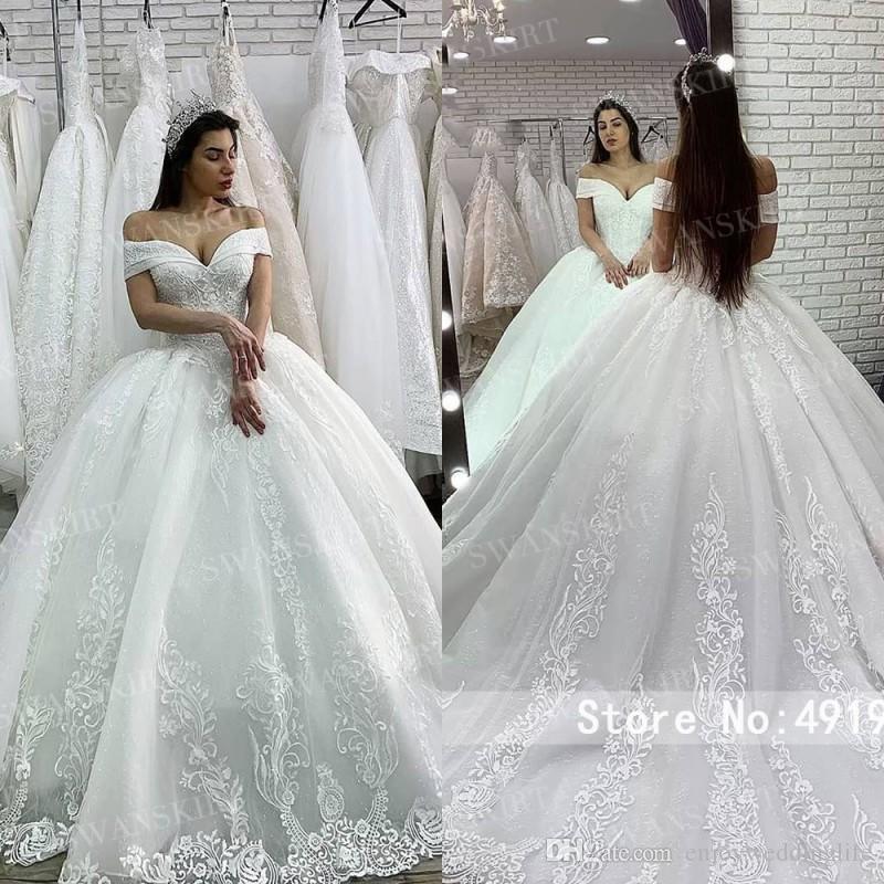 Lüks Balo Gelinlik 2020 Prenses Swanskirt Aplikler Boncuklu Lace up Balo Şapel Tren Gelin Kıyafeti Vestido de Noiva