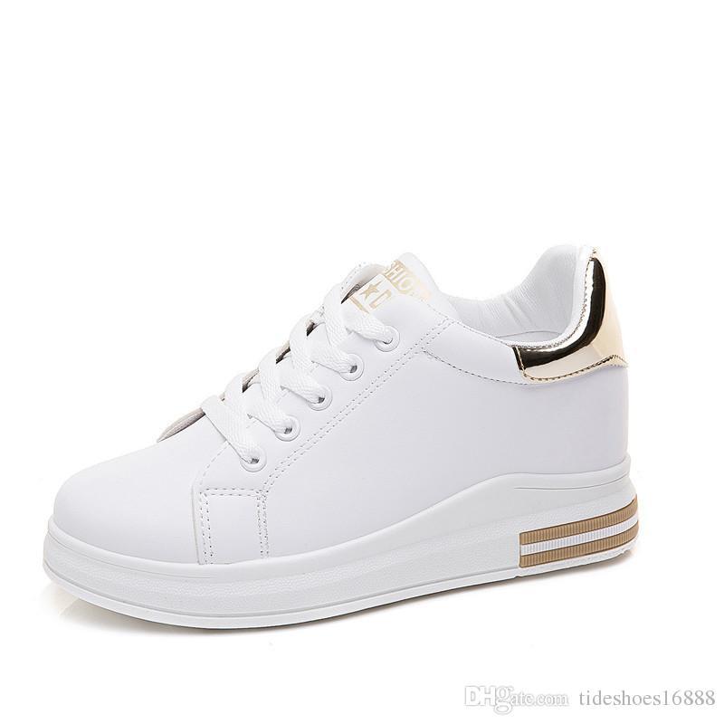2019 Primavera Nuevo diseñador Cuñas Zapatos blancos Zapatillas de plataforma femeninas Tenis Feminino Casual Mujer Zapatos Mujer Zapatillas de deporte de oro