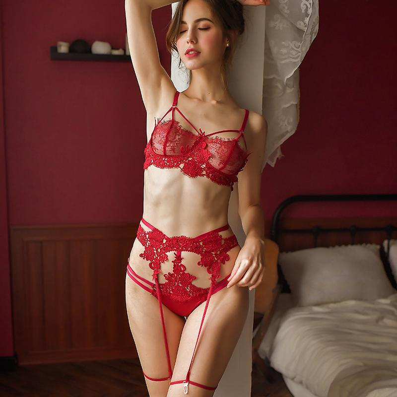 Сексуальные женщины нижнее белье Кружевной бюстгальтер трусики подвязки нижнее белье 3шт комплект Женская одежда для сна прозрачный бюстгальтер комплект