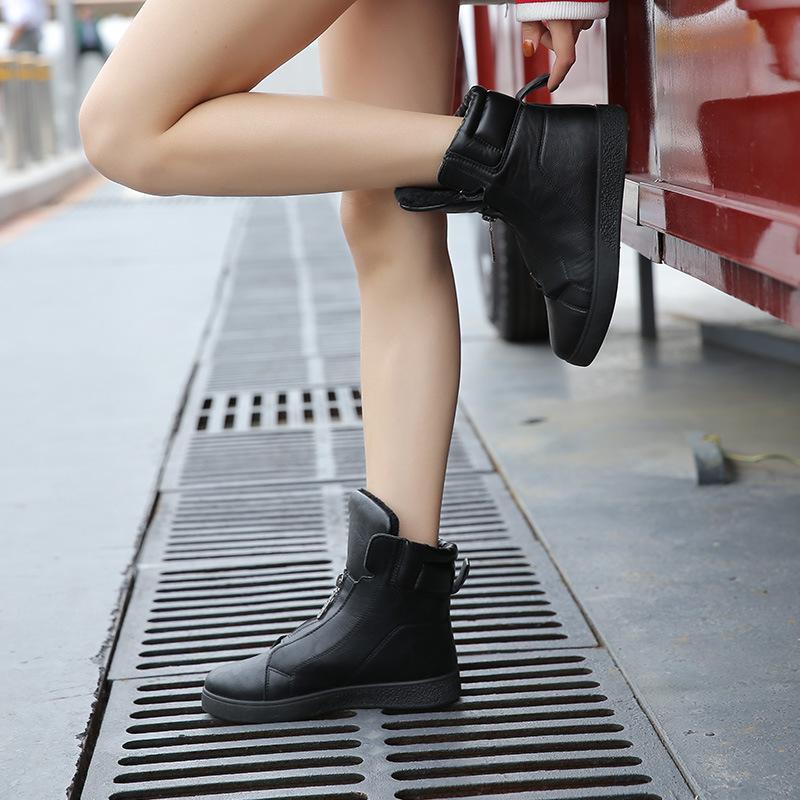 أحذية بيضاء صغيرة جديدة للنساء التجارة الخارجية في الخريف والشتاء 2019 الكورية أزياء سحاب جميع أنحاء الدافئة والأحذية المسطحة