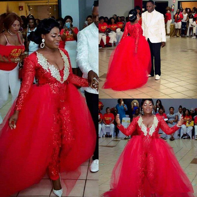 Red Jumpsuit dentelle Dessus de jupe robes de bal avec col en V train amovible pailletée Robes de soirée à manches longues Plus Size Appliqued Robe formelle