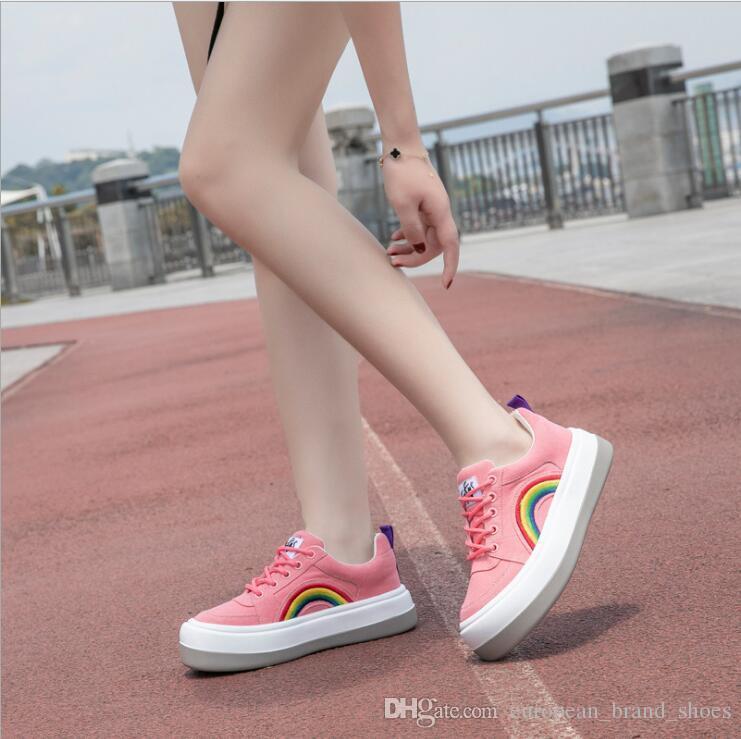 Versão coreana de 100 conjuntos de sapatos de lazer das mulheres de couro genuíno