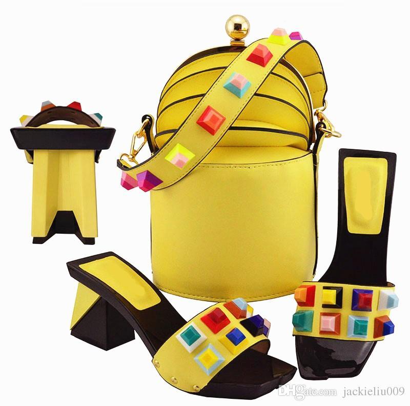boa aparência mulheres amarelas bombas e conjunto de saco com grande cristal decoração sapatos africanos corresponder bolsa MD011