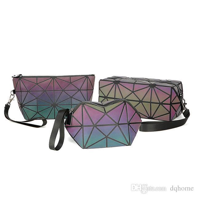 Modelli di esplosione Fashion Laser luminoso piccolo sacchetto cosmetico Set di tre pezzi di pochette del laser luminoso rombo geometrico delle signore