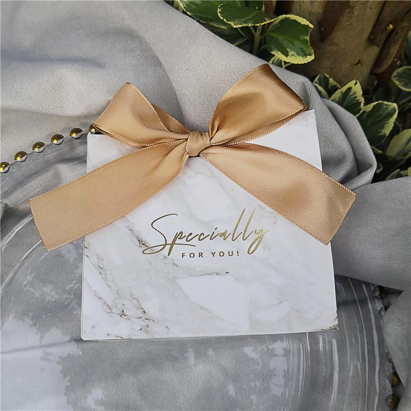 50 adet Mermer Avrupa Düğün Şerit Konuklar için doğum günü partisi Sevgililer Günü Hediye Şeker Poşetleri Packaging ile Hediye Kutusu Favors
