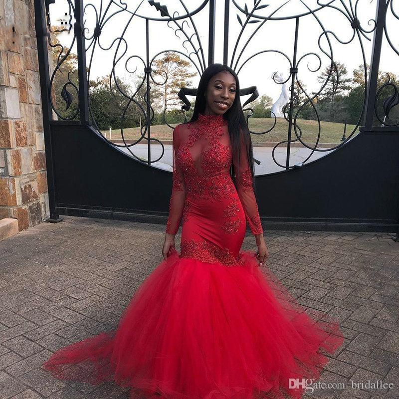 Nouveau Design Rouge Africaine Sirène Robes De Bal 2019 Col Haut À Manches Longues Dentelle Appliques Cour Train Formelle Robes De Soirée