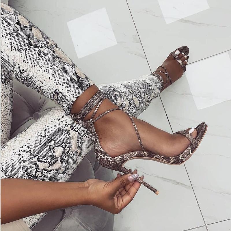 Moda 2020 Yaz Kadın Sandalet PU Dantel-up Seksi İnce Yüksek Topuklar 11.5CM Kapak Topuk Serpantin Sandalet 35-40