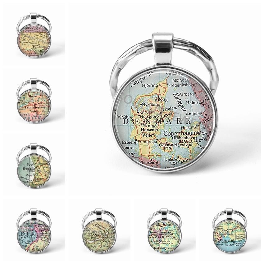 Più nuovo portachiavi in metallo fatto a mano vintage Danimarca Mappa del mondo Geografia della terra Portachiavi Cupola portachiavi in vetro per uomo Donna Regalo