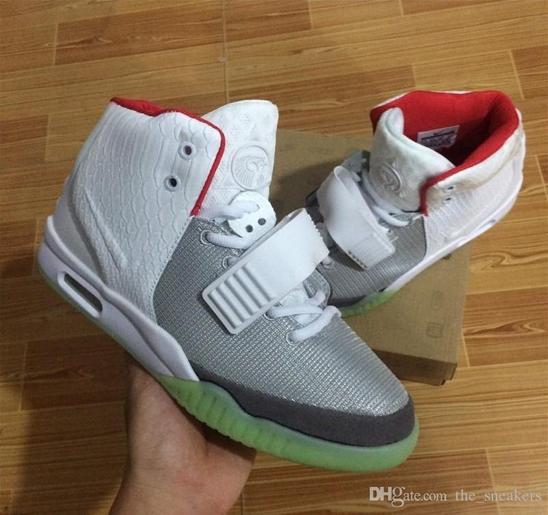 (Con la caja) caliente Kanye West 2 SP Zapatos Baskeball diseñador con los paquetes originales Bolsa para polvo para hombre de las zapatillas de deporte de Kanye West 2 resplandor oscuro al aire libre