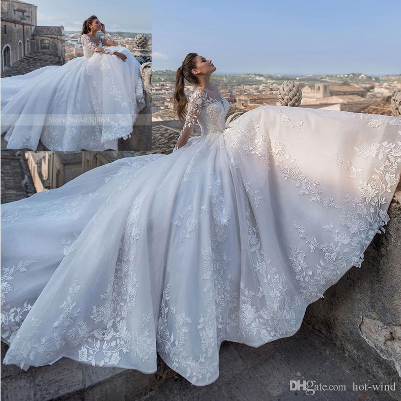 Elegante sheer joya cuello una línea vestido de novia 2020 manga larga Tulle Court Train Vestido nupcial Vintage Lace Princess Bods Bods