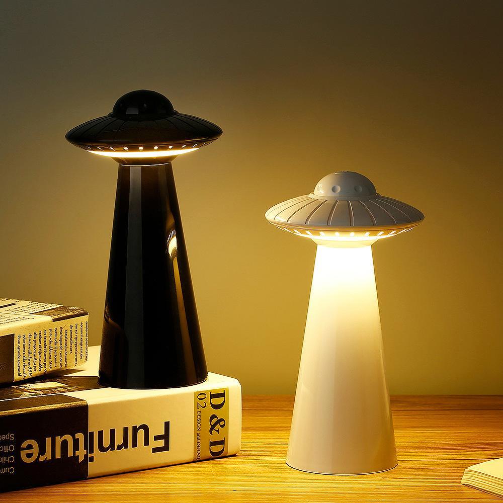 Nouveaux SOS UFO LED Lampes de table de lecture USB Charge Dimming 5700K / 3000K doux Night Light mates ambiance de nuit LED Nouveauté Lumières