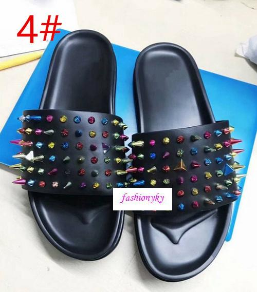 Top Donna Studded Flat Shoes Designer willow nails soft bottom rubber slippers mens Flat slippersOriginal box