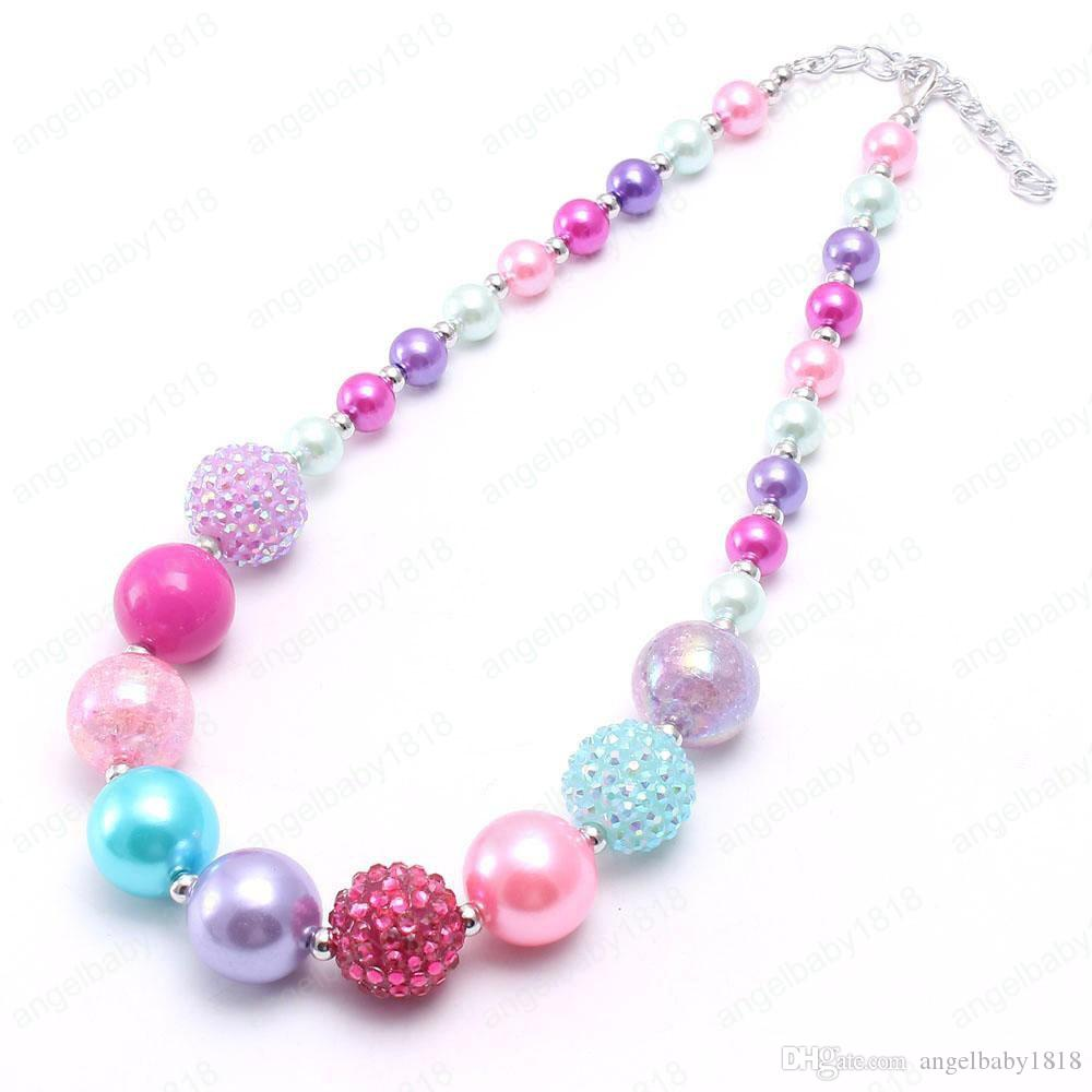 """18/"""" CHAIN NEW A CUTE LITTLE RABBIT /& PINK JADE BEAD  NECKLACE"""