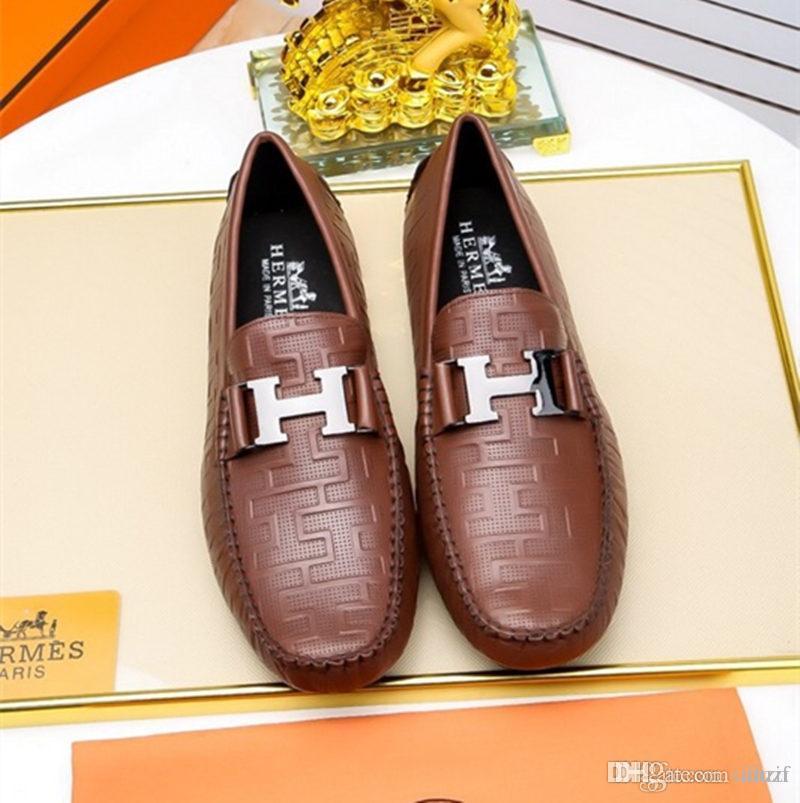 Erkekler için en iyi Lüks Tasarımcılar kırmızı alt loafer'lar dandy düz siyah rugan spike iş gelinlik ayakkabı, moda mens öküz