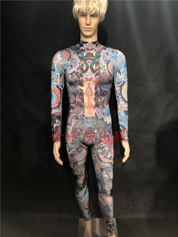 Modern Nightclub Abertura Modelo masculino Reproduzir Catwalk dragão impressão Falso Exposed Meat Siamese Calças palco de dança traje Desempenho