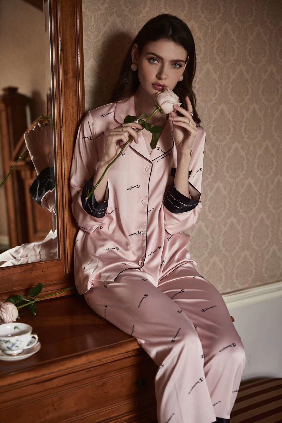 2020 yüksek kaliteli setleri bayan pantolon + pantolon 2adet ilkbahar ve yaz gündelik setleri moda giyim ESLE başında