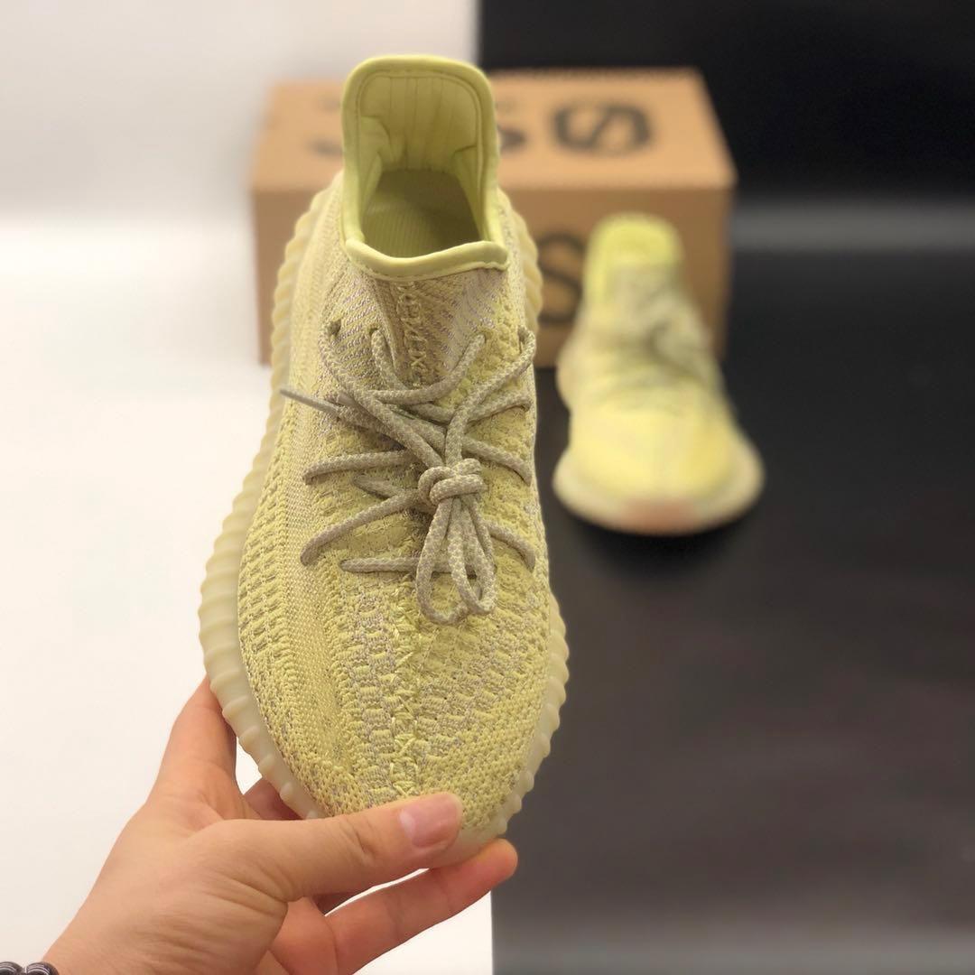 2019Top kalite sıcak satış kadın ve erkek örgü kumaş ayakkabı kauçuk taban erkek ve kadın spor ayakkabı boyutu 36-46
