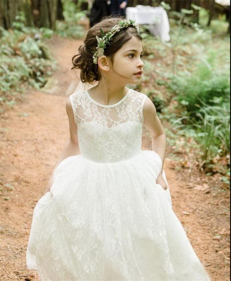 Fabulous Branco Lace Flower Girl Dress For Praia Jardim de casamento macios Meninas Pageant Vestidos baratos Backless formal veste Custom Made