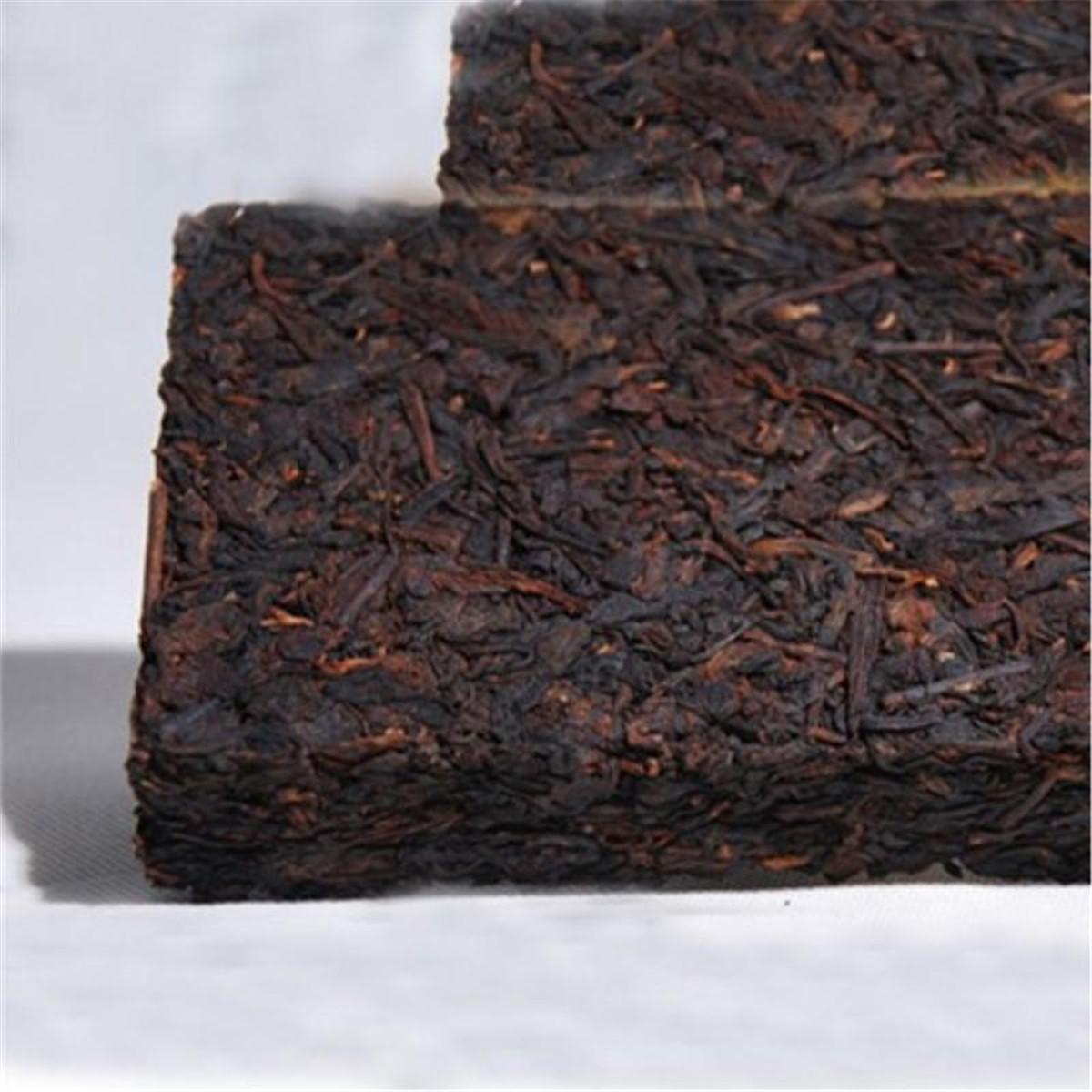 250g de Yunnan hecho a mano Presionado antiguo árbol maduro de Puer ladrillo cocido natural orgánico de preferencia Puer Té Negro de árbol viejo de Puer