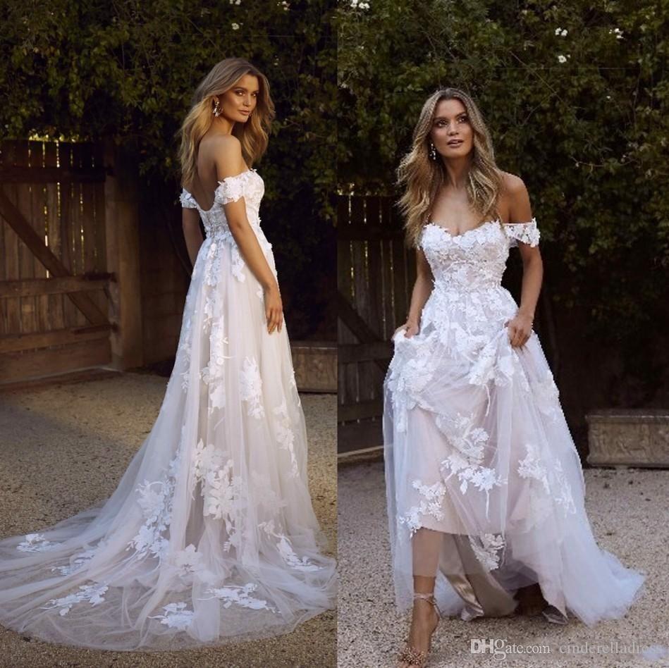 Robes de mariée élégante Bohemian 2020 A Line Off Epaule Applique Tulle Dossier Holle Summer Beach Robes de mariée BM1510