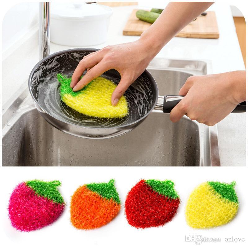 아크릴 닦아없는 주방 수건 주방 냄비 정련 손 수제 크로 셰 뜨개질 꽃 4 색 딸기 패턴 주방 도구 XD22345