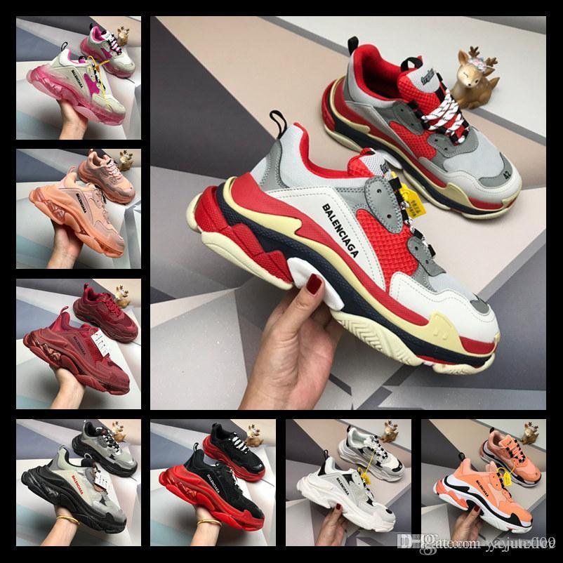 erkekler kadınlara siyah, kırmızı, beyaz, yeşil Casual Baba Ayakkabı tenis artan spor ayakkabılar 36-44 yönelik bir tasarım Paris 17FW Triple s Sneakers