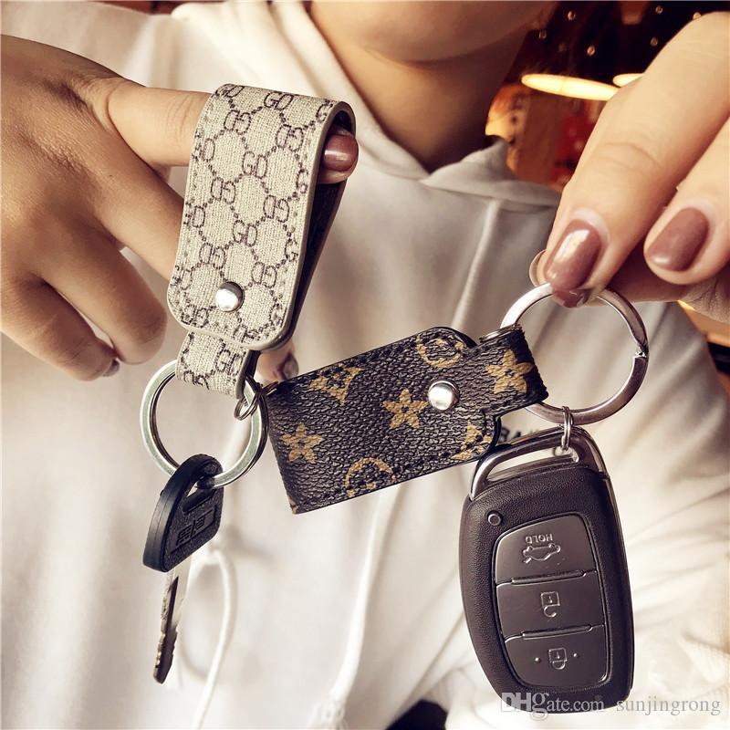 Bonzer Muhtasar Araba Anahtarlıklar Zarif Izgara Baskılı Deri Araba Anahtarlık Kolye Şık Klasik Anahtarlıklar forMen ve Kadınlar