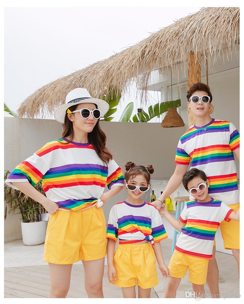 2019 Nouvelle arrivée de la famille Tenues t été assorti shirt coloré et confortable jaune