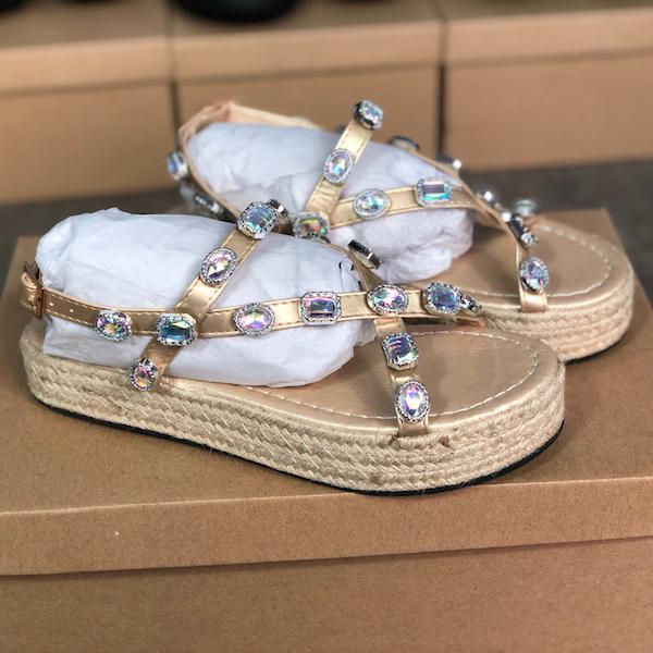 Chegada Nova Mulheres Couro Plataforma Sandália com strass senhoras verão Slides sandália sapatas do partido de palha inferior Designer Outdoor Slipper EU43
