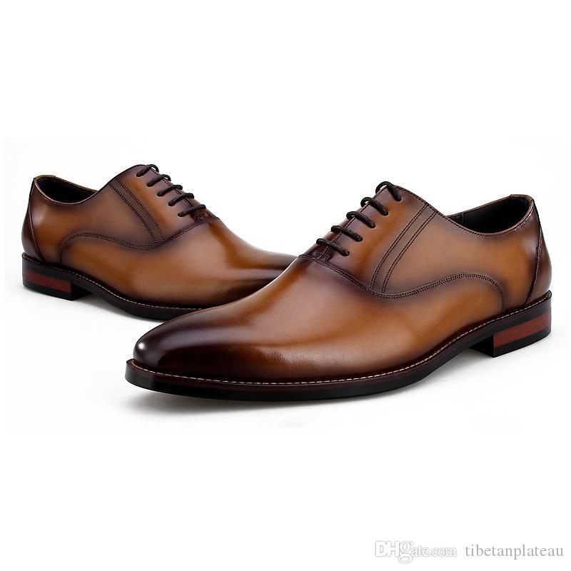 Дышащие черный / коричневый / темно-коричневый острым носом Oxfords Мужская модельная обувь из натуральной кожи Свадебная обувь Мужская обувь Бизнес